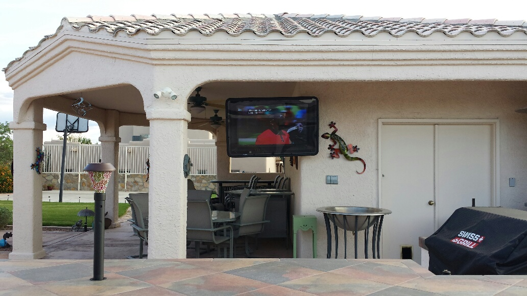 Outdoor Kitchen TV